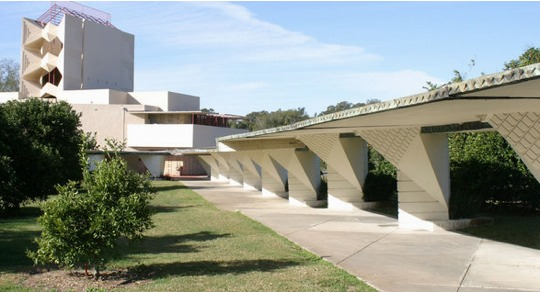 The design of modern school architecture corridor